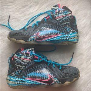 Nike Lebron James Chromosomes Youth